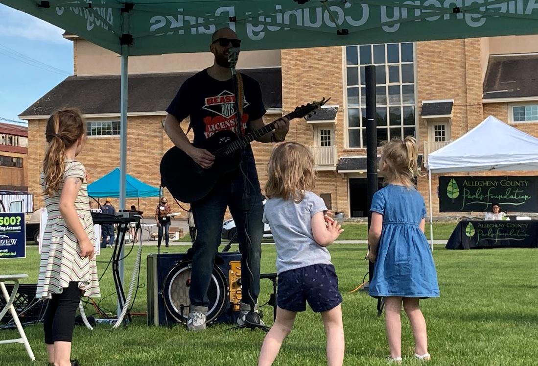 Josh Jams and kids